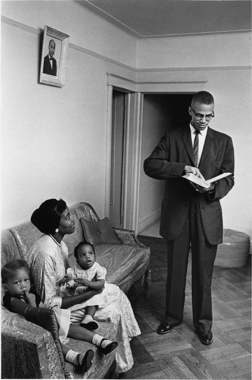 Malcolm X, sa femme et ses 2 filles